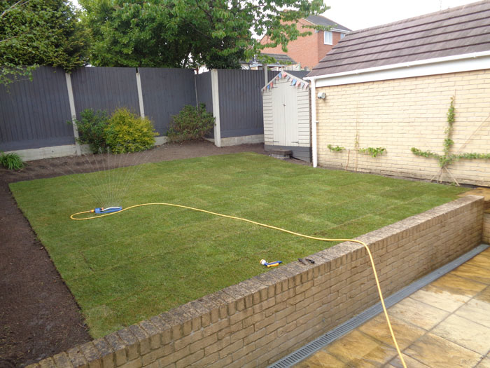 Turf Laying Poole Turfing Coldharbour Fencing & Landscaping Bournemouth Poole Dorchester Bare Regis, Blandford Forum, Christchurch, Corfe Castle, East Stoke, Parkstone, Swanage