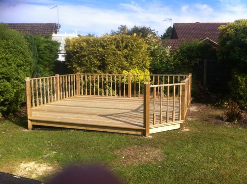 Decking Wareham Coldharbour Fencing & Landscaping Bournemouth Poole Dorchester Bare Regis, Blandford Forum, Christchurch, Corfe Castle, East Stoke, Parkstone, Swanage