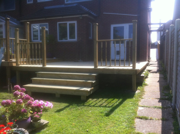 Decking Installer Swanage Coldharbour Fencing & Landscaping Bournemouth Poole Dorchester Bare Regis, Blandford Forum, Christchurch, Corfe Castle, East Stoke, Parkstone, Swanage
