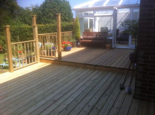 Decking Swanage Coldharbour Fencing & Landscaping Bournemouth Poole Dorchester Bare Regis, Blandford Forum, Christchurch, Corfe Castle, East Stoke, Parkstone, Swanage
