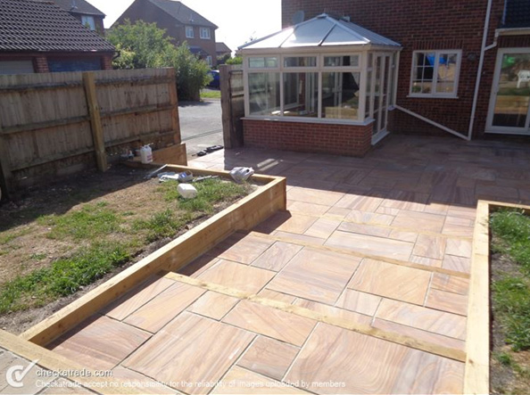 Patio Laying Poole - Coldharbour Fencing & Landscaping Bournemouth Poole Christchurch Bare Regis, Blandford Forum, Dorchester, East Stoke, Parkstone, Swanage, Wimborne Minster
